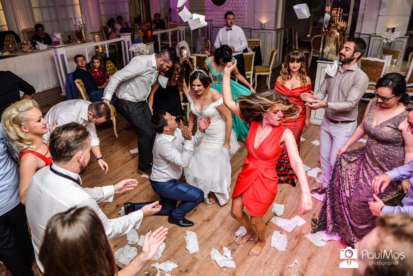 Fotograf nunta arad, paul mos fotograf, fotograf profesionist de nunti, foto-video, servicii foto nunta