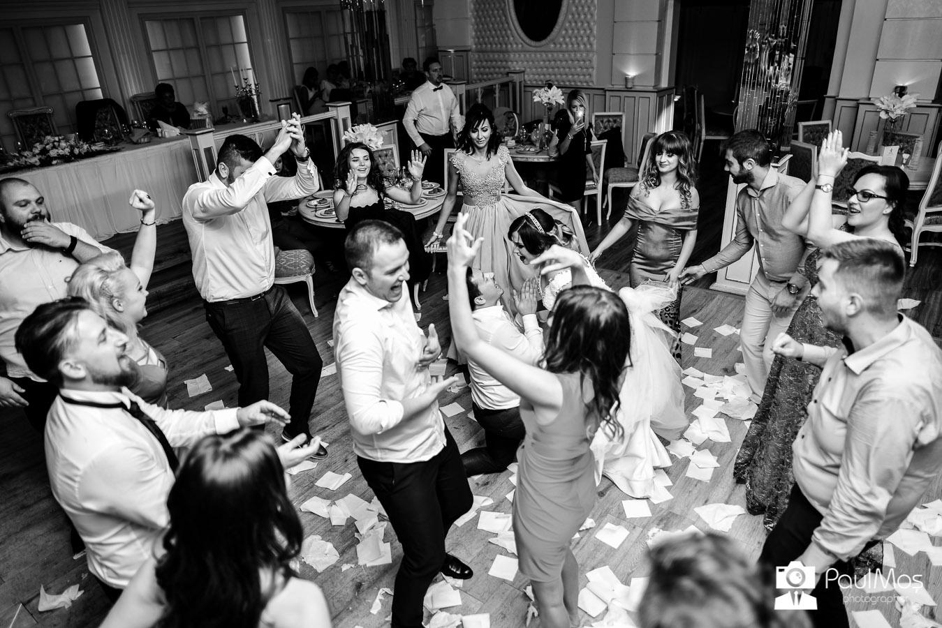 Fotograf nunta, fotograf evenimente arad, fotografi profesioniști nunta,