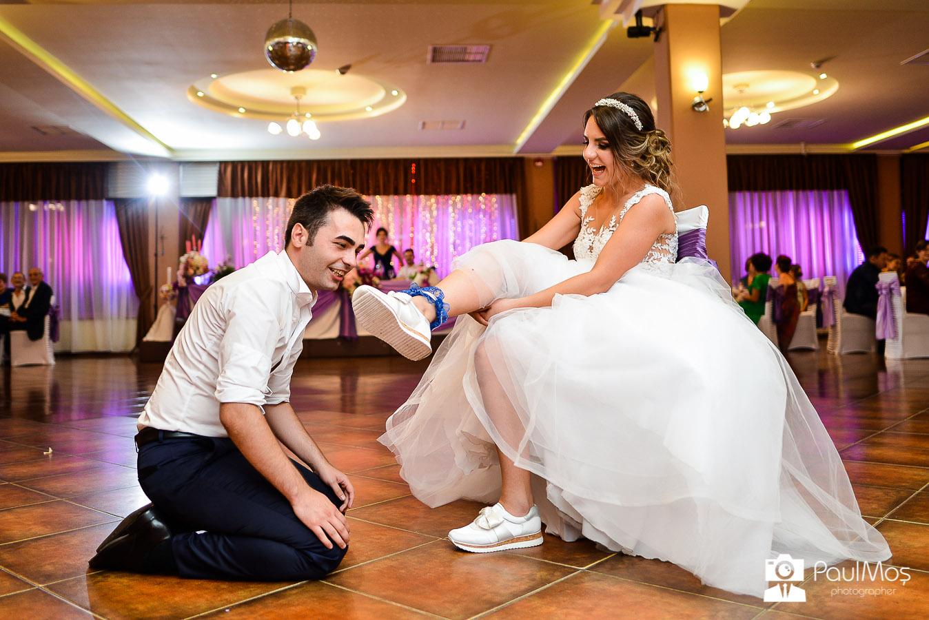 Fotograf Nunta resita, fotograf profesionist, fotograf bun resita, fotografii de nunta, foto-video nunta, servicii fotografice